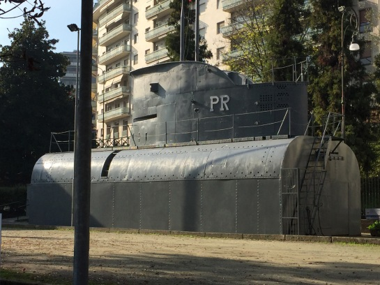 Submarine in Stereo